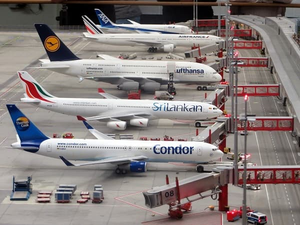 Bonding Solutions for the Aircraft Leasing Industry